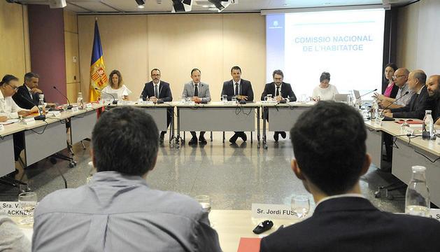 """El Govern d'Andorra obre la porta a mantenir la congelació dels lloguers. El ministre d'Afers Socials, Habitatge i Joventut, Víctor Filloy ha celebrat """"els fruits"""" que ha donat la llei de mesures urgents però no és partidari que """"s'eternitzi"""""""