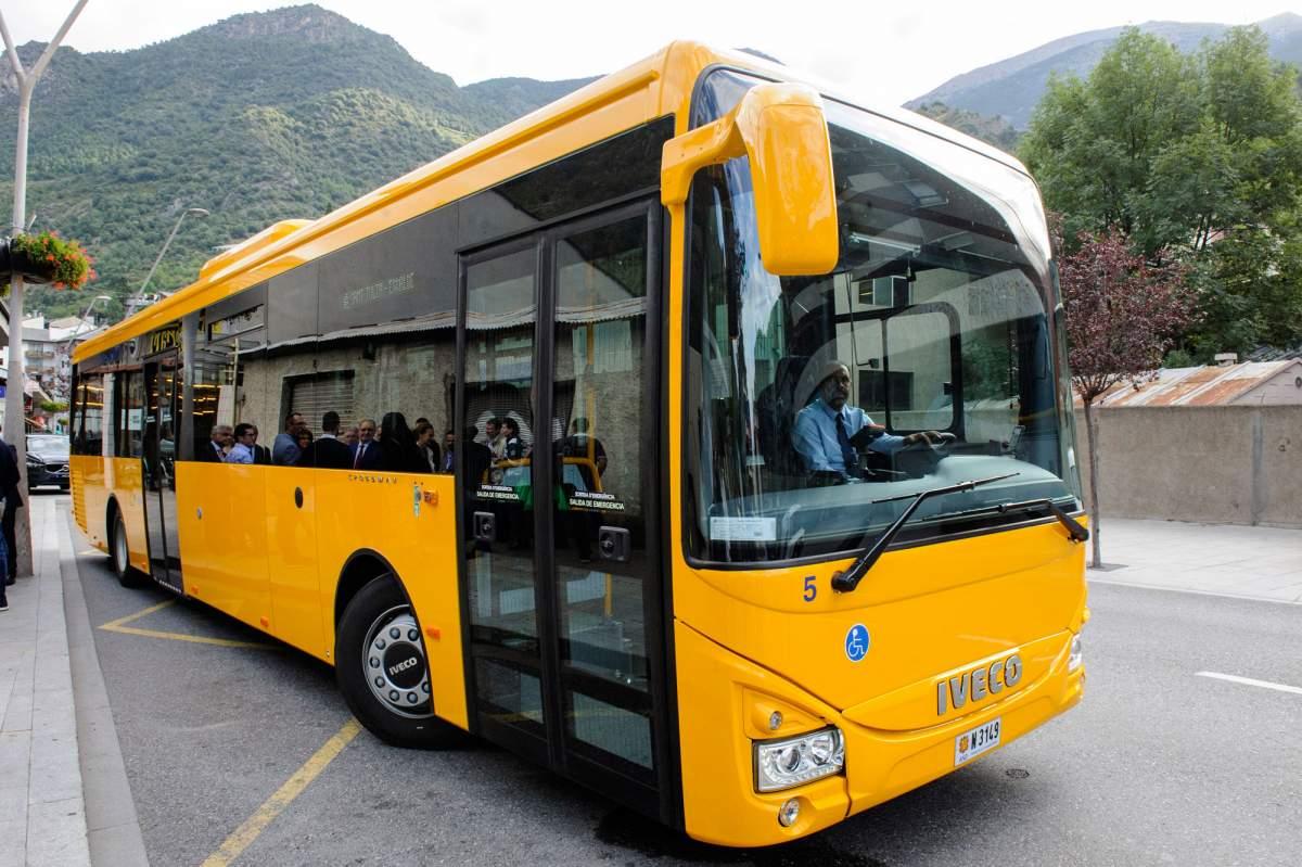 Grupo Julià consolida su presencia en Andorra con su primer servicio de transporte regular en el Principat d'Andorra