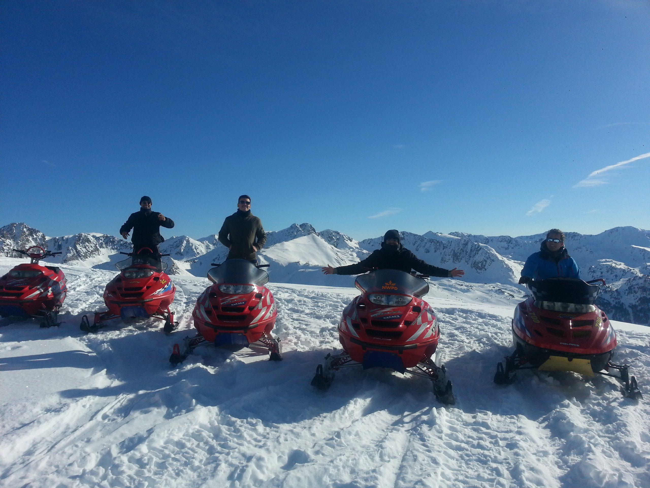 Grandvalira es el mayor dominio esquiable de todos los pirineos el lugar ideal para las motos de nieve en Andorra