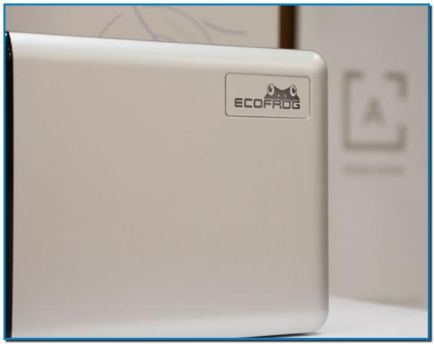 El sistemaEcoFroges un aparato que se conecta a la lavadora. Además es respetuoso con el medio ambiente y está destinado al uso doméstico. Se trata de un método sorprendente y eficaz para el lavado de ropa en agua fría, que incorpora la exclusiva tecnología y acción del oxígeno activo.