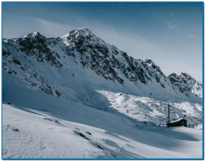 La meteorologia ha acompanyat, dissabte va ser un dia assolellat i durant la nit va caure una lleugera nevada que va deixar 15 cm més de neu pols. Els que han visitat l'estació diumenge s'han trobat una jornada combinada amb sol i nevades febles a primera hora del matí.
