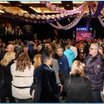Més de 300 persones van acudir a la celebració organitzada per Nova Constructora, amb motiu de les festes de nadal, cita en la qual el Jose Costa, propietari de la dita empresa, va rebre l'afecte i la calidesa dels seus treballadors, que mai no van deixar de divertir-se i d'omplir de goig el Complex Sociocultural i Esportiu d'Encamp.