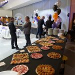 Més de 360 persones van assistir a la celebració organitzada per Nova Constructora, amb motiu de les festes de Nadal 2019, cita en la qual el Jose Costa, gerent i propietari de l'empresa NOVA CONSTRUCTORA ANDORRA https://novaconstructoraand.com/ , va rebre l'afecte i la calidesa dels seus treballadors, amics i proveïdors, que mai no van deixar de divertir-se i omplir de festa i alegria el Complex Sociocultural i Esportiu d'Encamp - by Marketing de Contenidos lideres en gestión de contenidos para sus webs en Andorra, Pamiers, Foix, Toulouse, Sabadell y Barcelona https://marquetingdecontinguts.com/ T.+376360387 mk.europa@gmail.com . El Càtering el va oferir El Rebost del Padrí https://elrebostdelpadri.eu/ .
