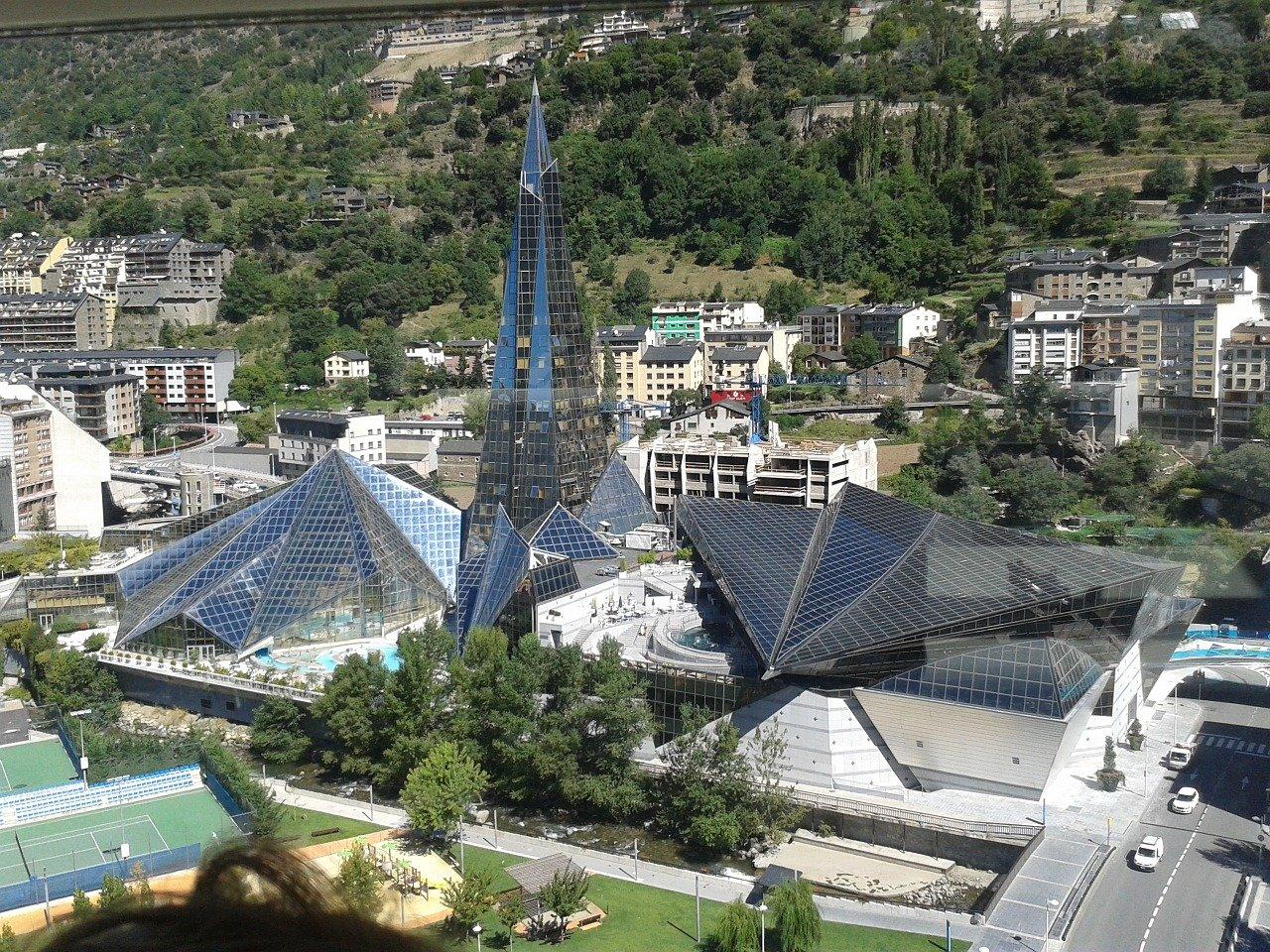 Els immobiliaris d Andorra afirmen que s'ha tret autoritat a la Taula de l'Habitatge d Andorra el text legislatiu definitiu no preveu excepcions en la congelació dels lloguers tal com demanava l'AGIA