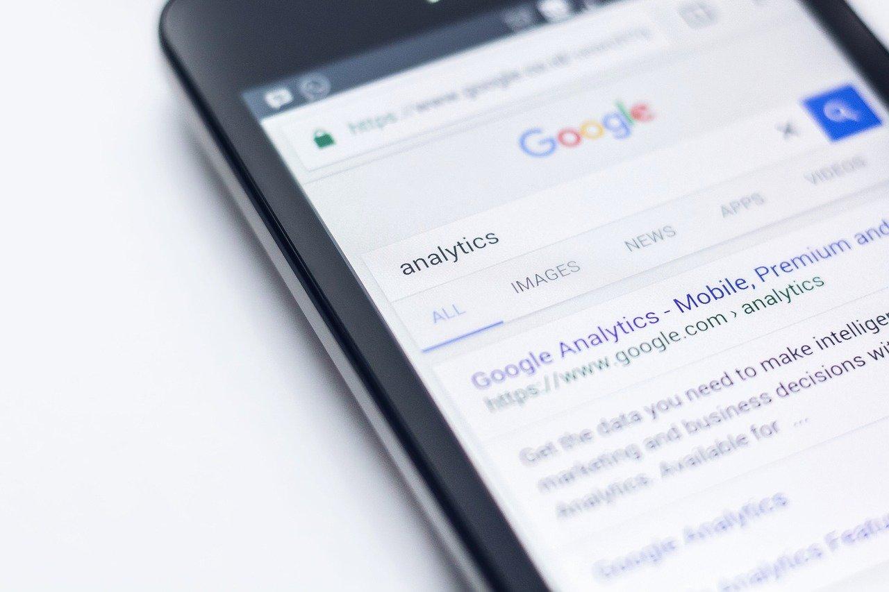 Nuestra agencia contesta sus mensajes 24 horas al dia. La importancia de responder los mensajes de nuestros clientes en la aplicación Google MyBusiness en el plazo máximo de 24 horas