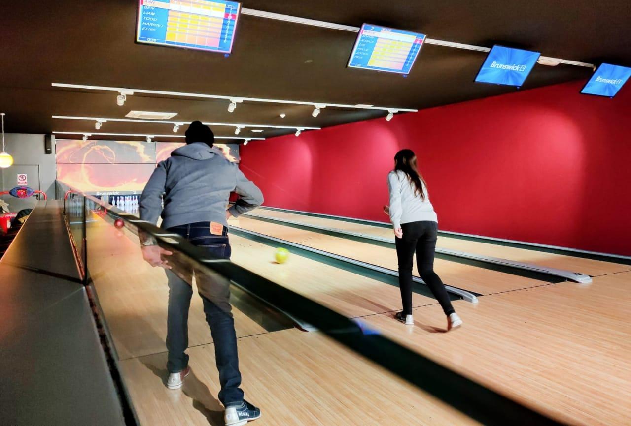 Que hacer en Andorra con niños Club Energy Bowling Billares Futbolines Música en vivo Dj's Club Privado Sala Vip Club Energy