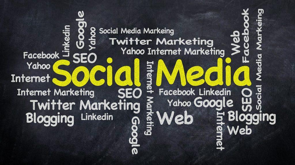 Un bloc és una eina o web dinàmica molt valorada a Google permet actualitzar contingut i seccions constantment molt recomanable utilitzar-la quan l'empresa, restaurant, hotel,immobiliàriai organització té moltes coses per publicar sobre la seva marca o el seu sector a través dels posts al Blog