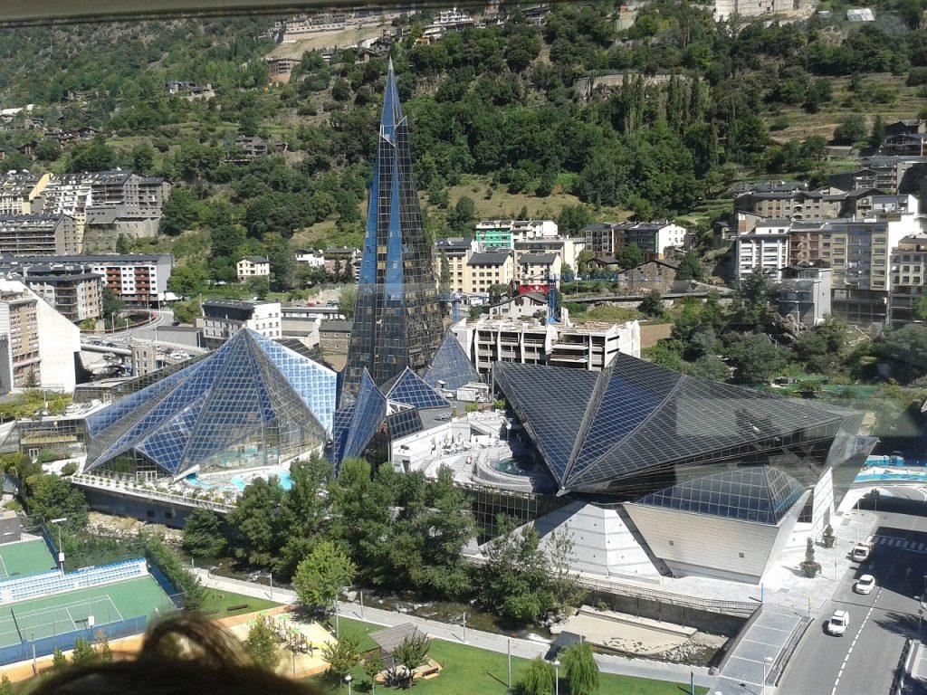 Andorra Turisme esperarà al 15 de maig per definir la campanya d'estiu l'única aposta clara a hores d'ara són els mercats de proximitat, Espanya i França