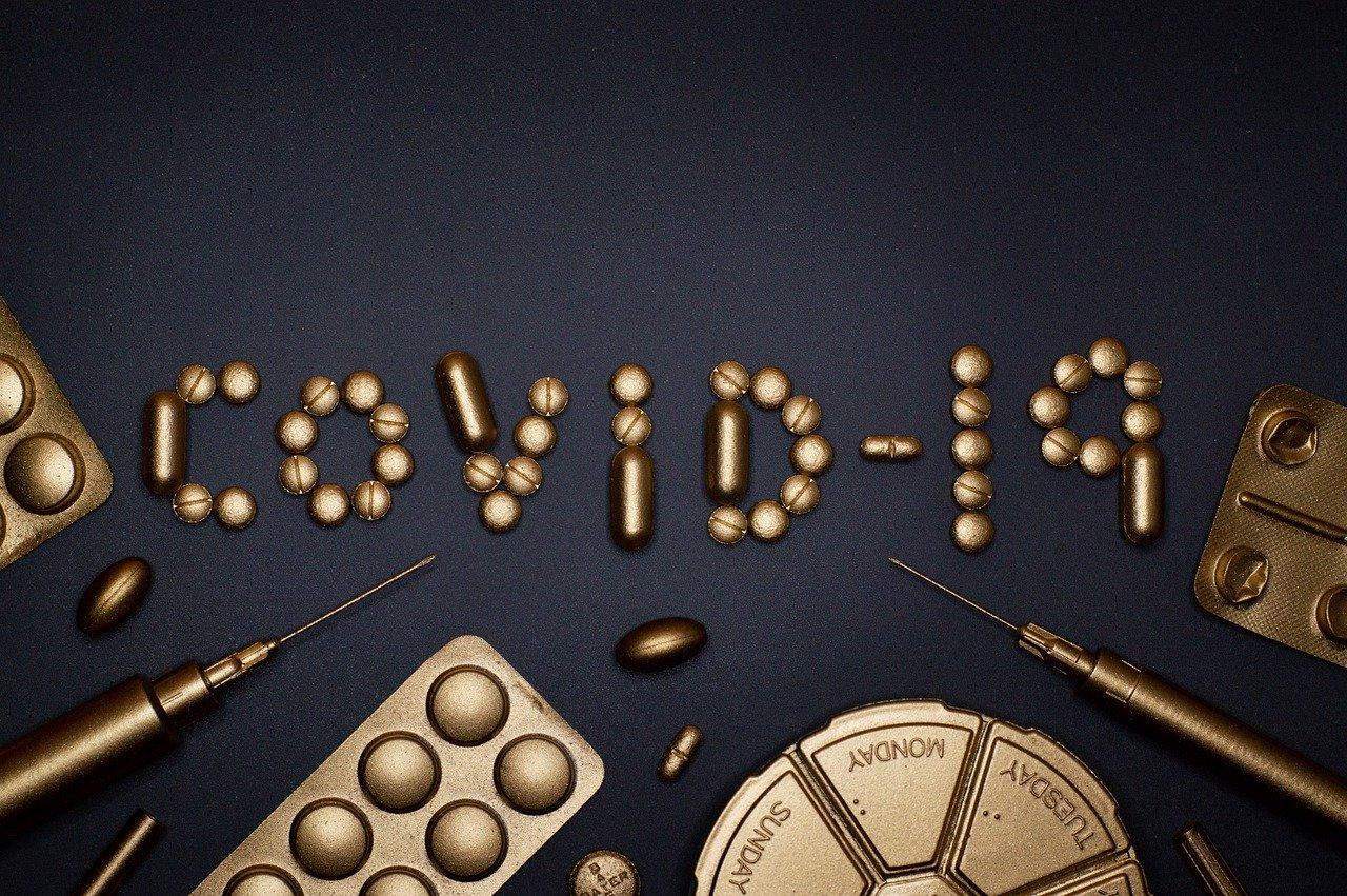 Guia per evitar el coronavirus a la feina: no fitxar amb el dit o deixar les portes obertes Generalitat, patronals i sindicats elaboren consells per a empreses i empleats que tornen a la feina