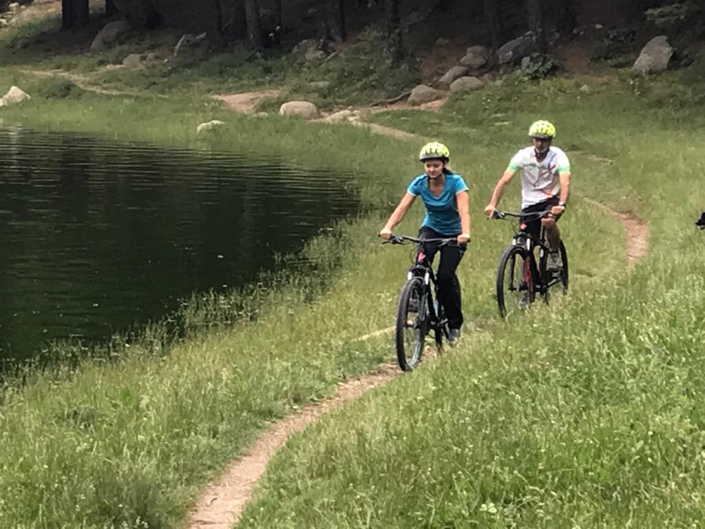Lloguer de bicicletes de muntanya i e-bikes a Esports Elit Canillo GrandValira Andorra Excursió e-bike, bicicleta elèctrica
