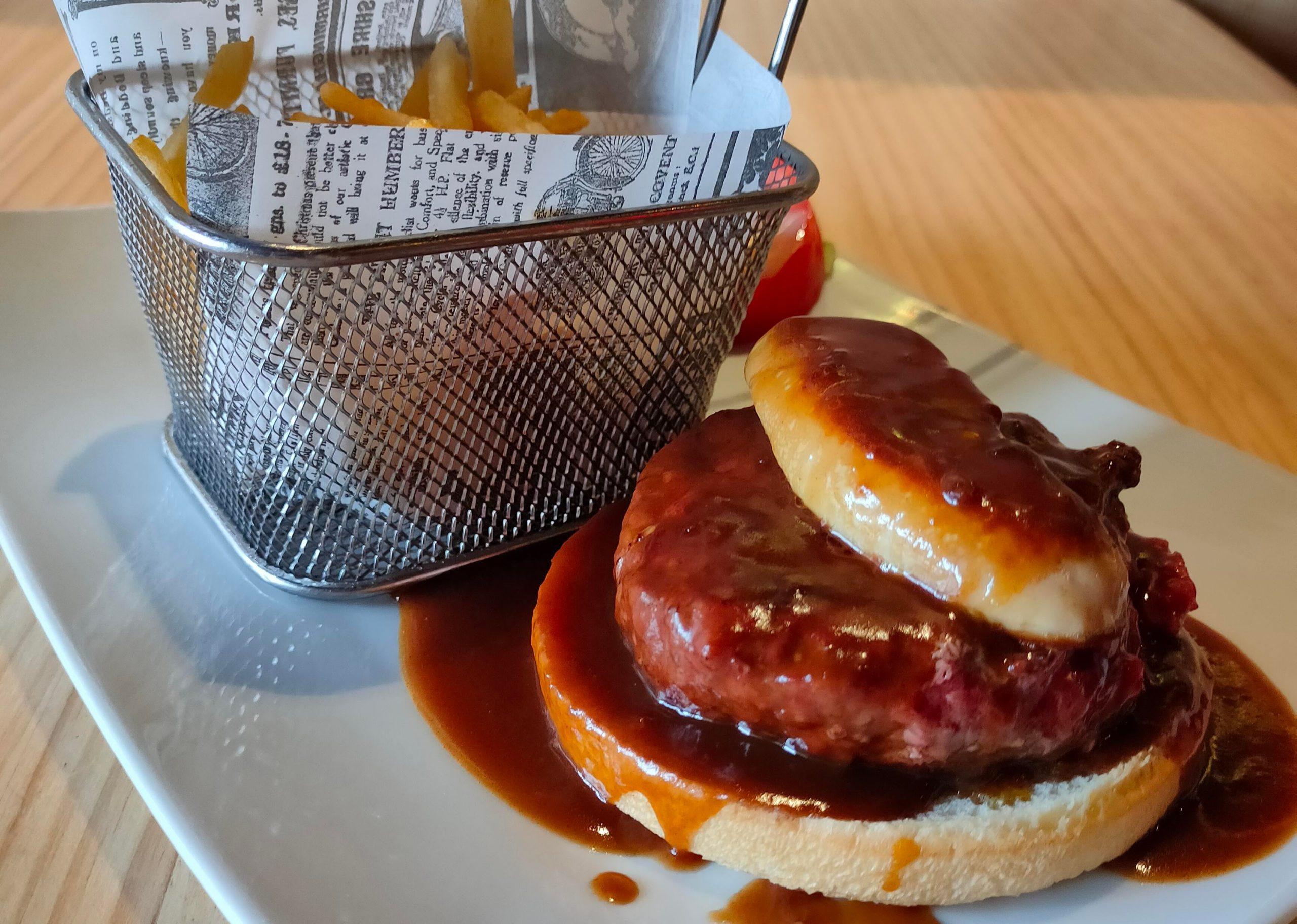 Je vous propose de tester le burger Rossini au foie gras. RESTAURANT el CARLIT au Pas de la Casa (Le Restaurant du Pas de la Case)