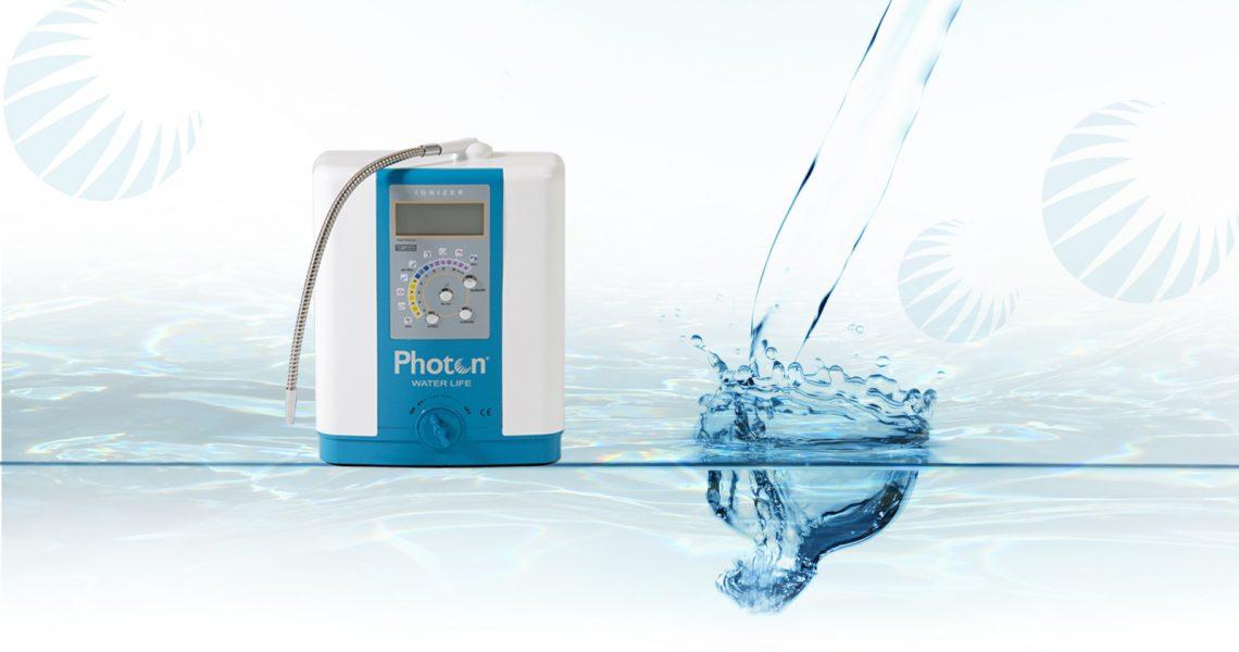 Photon Water Life Sistem Des de Semiramis Andorra promovem el consum d'aigua alcalina, generada per al ionitzador #PhotonWaterLifeSistem, un dispositiu que transforma l'aigua potable comú en aigua potable ionitzada, fent que actuï com un potent i natural antioxidant, amb capacitat d'ajudar l'organisme a eliminar les deixalles àcides que produeix el procés natural de la digestió. Deixem que l'Imma ens n'expliqui més detalls... #photon #waterlife #aguaalcalina #aiguaalcalina #salut #salutandorra #andorra #semiramis #salodebellesa #centredestetica #antioxidants #eliminatoxinas #vivand #igersandorra #andorralovers #andorrabloggers #escaldes #escaldesengordany #lescloses #water #aigua #agua #hidratacion