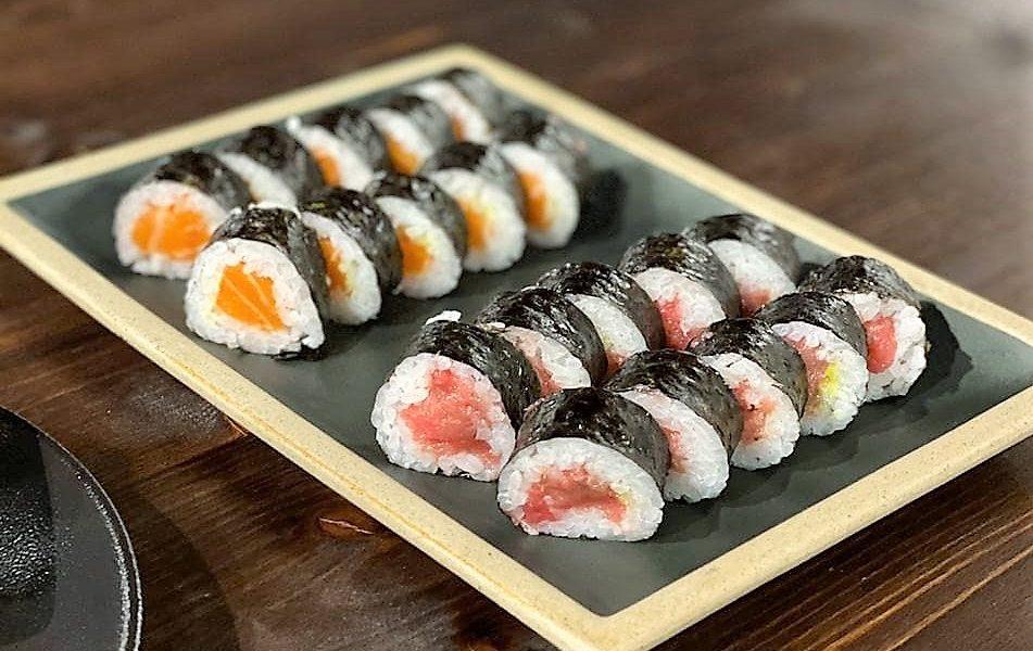 Para muchos, el 'sushi' es más que una comida, es un estado de ánimo. Si perteneces al culto del 'nigiri', en Andorra la Vella. El Sushi en la Taverna Japonesa Cal Roka Andorra es una fiesta interminable. ¿Taverna Cal Roka posiblemente el mejor 'sushi' de Andorra la Vella?