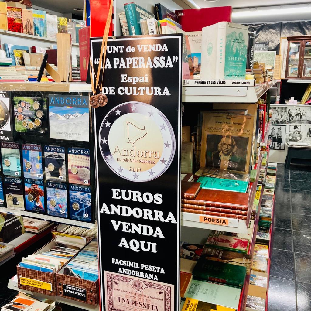 En Filatelia La Paperassa Andorra podéis comprar los nuevos euros de Andorra en Andorra para colección, escribir a Charly Filatelia Forma (La Paperassa) – Avda. del Fener, 24 – Escaldes - Engordany. Carrer Isabelle Sandy, AD700 Escaldes-Engordany Phone: +376341237 PHILATÉLIE - NUMISMATIQUE - CARTOPHILIE - TÉLÉCARTES - LIVRES - RÂTEAU PHILATELY - COINS - MAXIMUM CARD - PHONE CARDS - BOOKS ANDORRA - MARKET DISTRIBUÏDOR OFICIAL MONEDES EUROS ANDORRA DISTRIBUTEUR OFFICIEL EURO MONNAIES ANDORRA OFFICIAL DISTRIBUTOR EURO COINS ANDORRA EL MAJOR ESTOC EN POSTALS ANTIGUES D'ANDORRA CARTES POSTALES ANCIENNES POSTCARDS ANDORRA Así con un viaje a Andorra podréis conseguir alguna cartera de euros andorranos. Para adquirir los euros se debe hacer una reserva previa presentando un documento de identificación personal. Se os dará un ticket indicando el día y la hora para retirar los euros. Los euros deben ser recogidos por la misma persona que realizó. Respecto a las emisiones previstas solicitar información en la Filatelia la Paperassa.