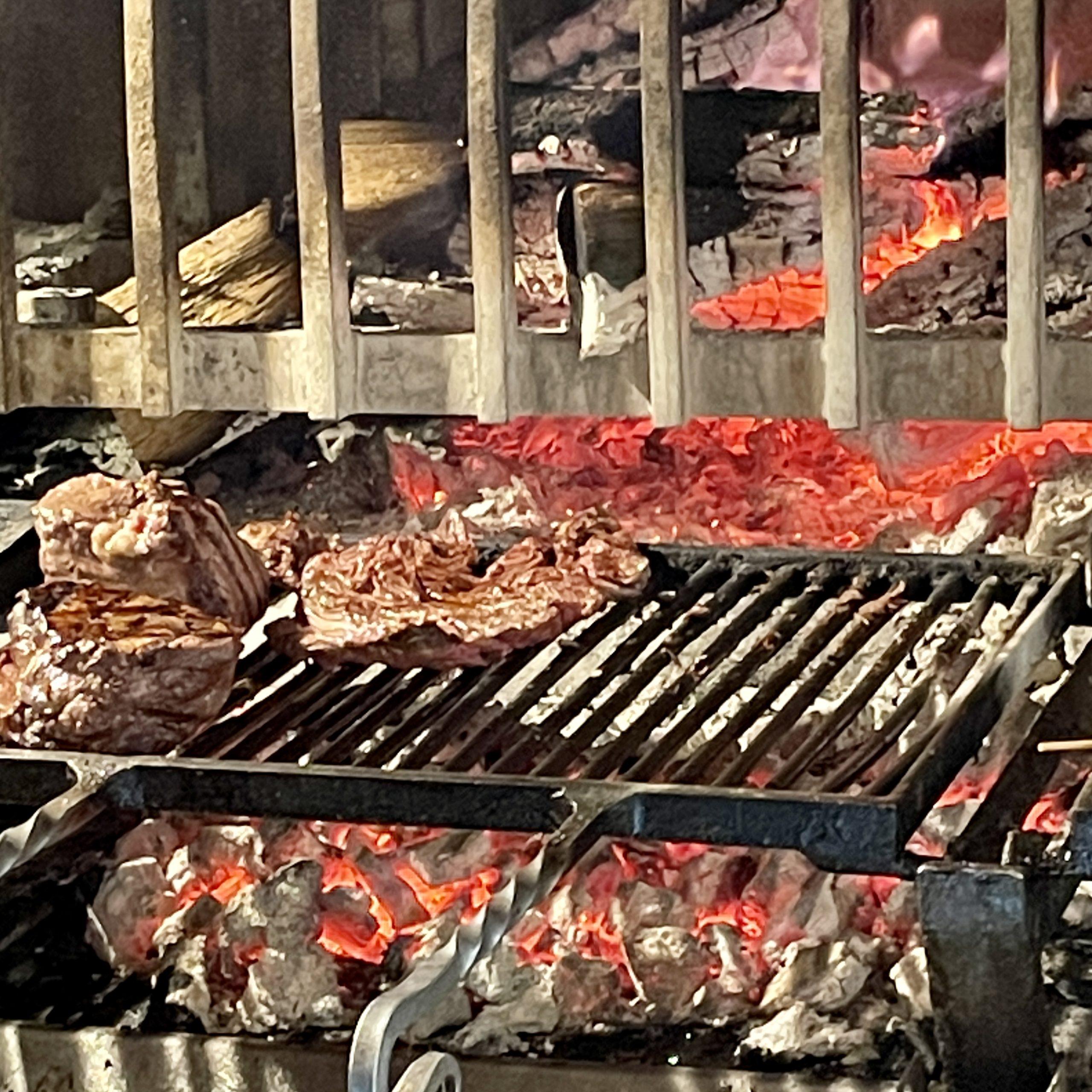Les Meilleurs restaurants Pas de la Case Andorre El Carlit de Neu Steak House restaurant El Carlit. Le guide Gourmand pour bien manger au Restaurant El Carlit de Neu Steak House Pas de la Case Andorre