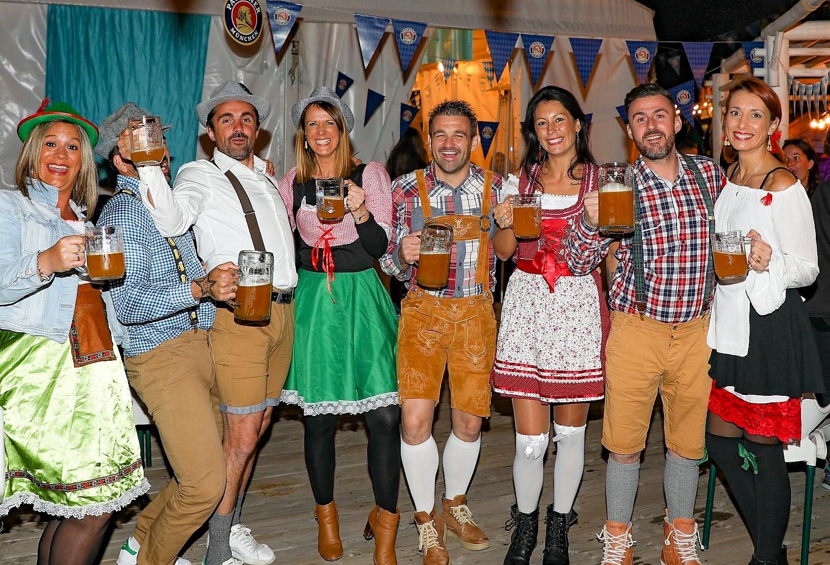 Oktobertfest va aterrar al Tarter al restaurant The Boss Après ski del 15 al 17 d'octubre, per seguir gaudint d'aquesta gran festa. El nostre objectiu és esdevenir el millor après-ski d'Andorra.